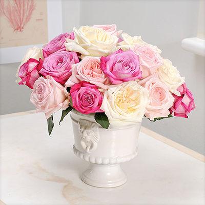 blumenstrau 20 intensiv duftende rosen trendy fragrance. Black Bedroom Furniture Sets. Home Design Ideas