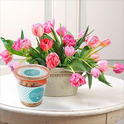 blumenstrau 20 rosa tulpen mit bio kuchen herzlichen gl ckwunsch von auf. Black Bedroom Furniture Sets. Home Design Ideas