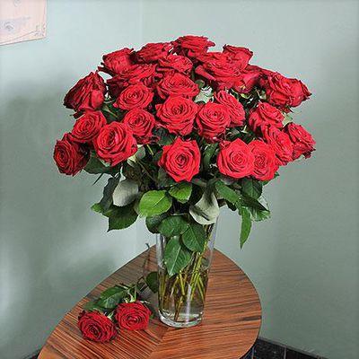 Blumenstrauss 40 Rote Rosen Von Blume2000 De Auf Blumen De