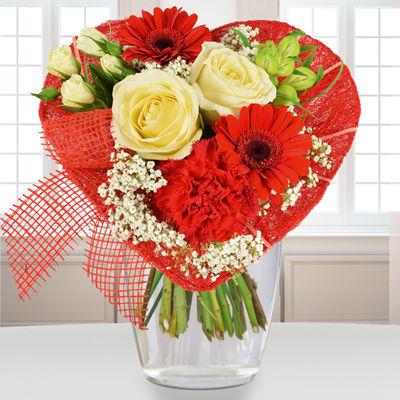 Blumenstrauss Von Herzen In Rot Weiss Von Bluvesa Auf Blumen De